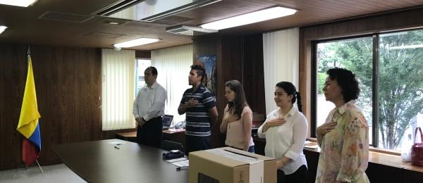 Las votaciones de la Consulta Popular Anticorrupción transcurren con normalidad en el Consulado de Colombia en Tokio